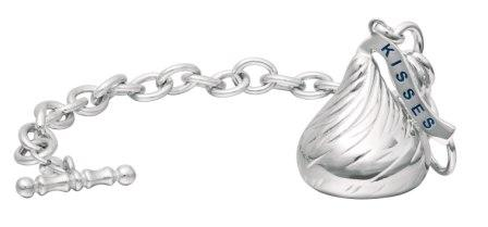 Hershey's Kiss Bracelet is a Sweet Treat