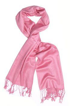 AffordableScarves.com: Make a Style Statement