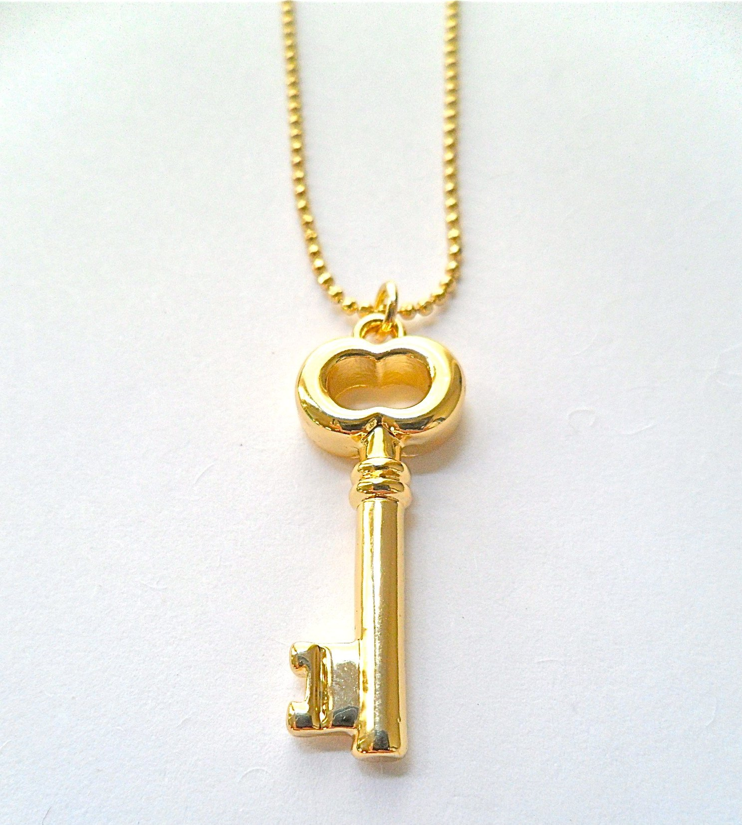 win this stunning key necklace by pomp jewelry makes the
