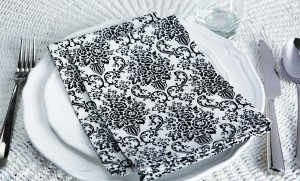 JESSIE STEELE Black and white damask napkins 2014