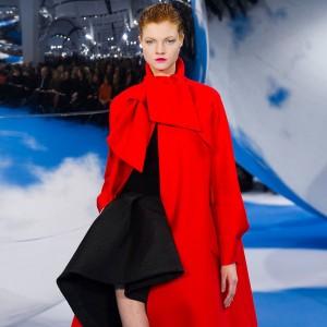 Christian-Dior-Runway-Fashion-Week-Fall-2013- Red Coat