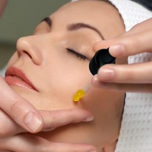 Valentia Serum, salon quality, retail $35 Amazon