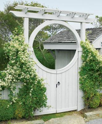 WALPOLE, Seaside Custom Moon Gate