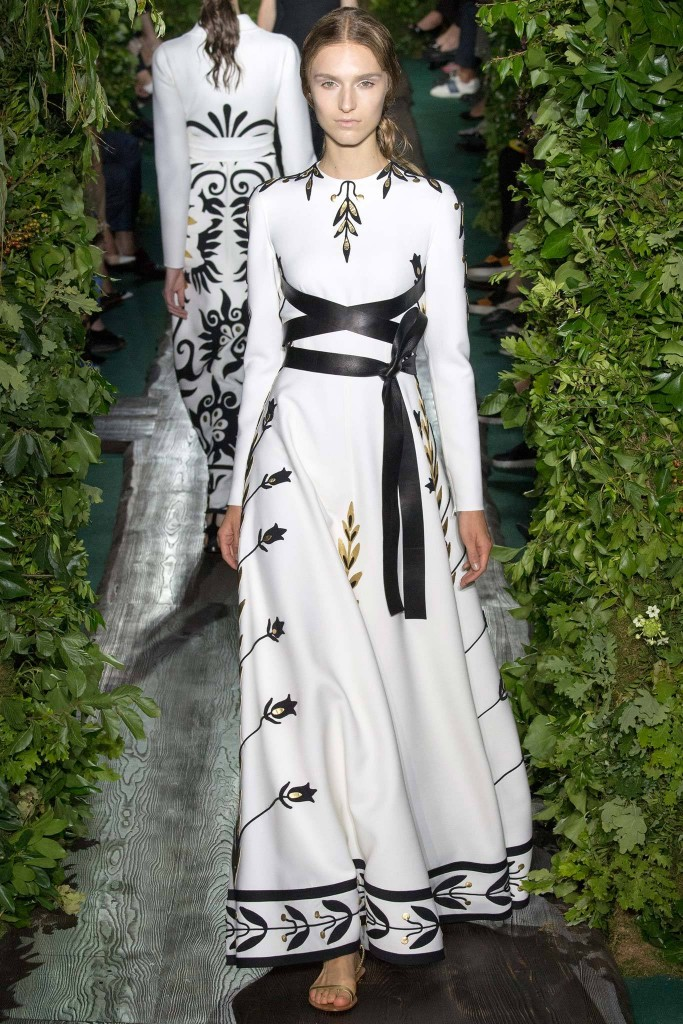Valentino, Fall RTW black and white wrap