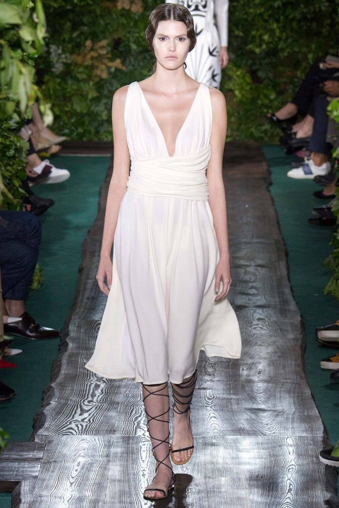 Valentino, Fall RTW, white goddess cocktail dress