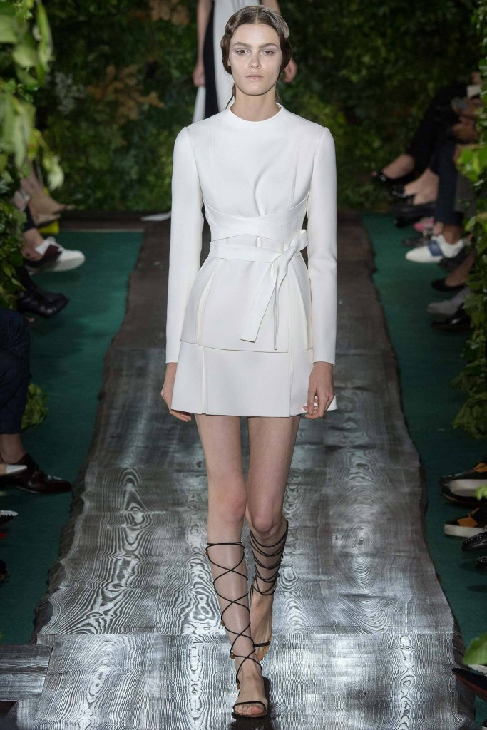 Valentino, Fall RTW white short 2 piece