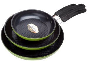 Ozer Green Earth Frying Pans. Non Stick Ceramic Pans Cook Like a Dream