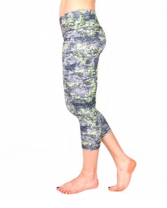 THE RBX ACTIVE BRAND'S PATTERNED CAPRI LEGGING