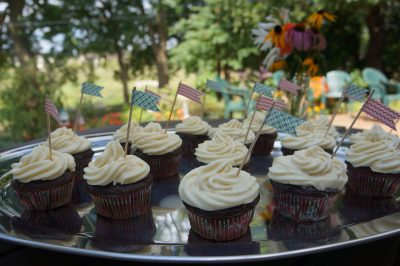 Cupcakes with washi tape pennants 1
