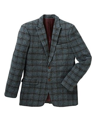 Find it at Jacamo! This timeless wool blend blazer wool blend blazer from Mish Mash is so adaptable. The grey and blue check works equally well with a white, blue, yellow or even pink button down.