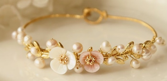 Shell and Freshwater Pearl Bracelet Giveaway