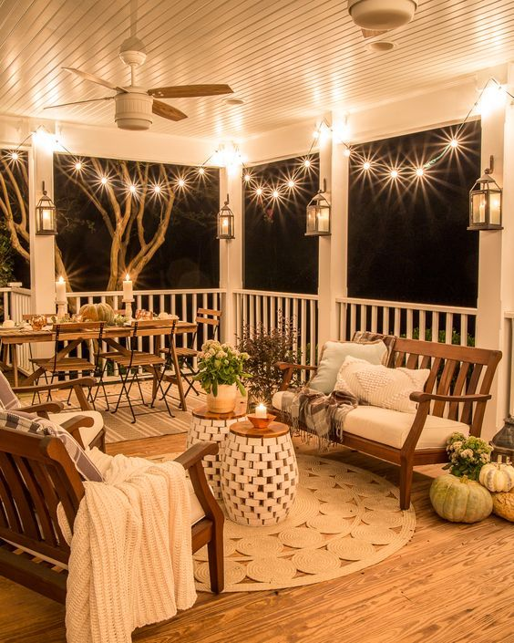 Fall Porch and Patio Decorating